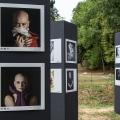 """22 Luglio 2018 - 28 Ottobre 2018 Biennale L'Etè Des Portrait - Bourbon Lancy  Festival Europèen Du Portrait Photographique """"Il ritratto e la rappresentazione umana, in tutte le sue forme"""" Nella foto: i ritratti di Lucia e Laura"""